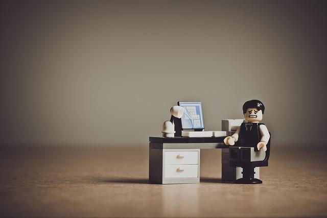 あなたの会社がはじめて従業員を雇用するとき、おさえておきたい6つのこと