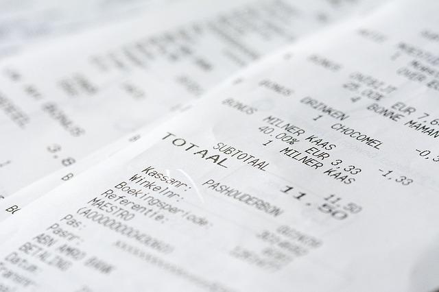 「経費になるもの」と、「ならないもの」が混載されたレシートは経費計上は可能?